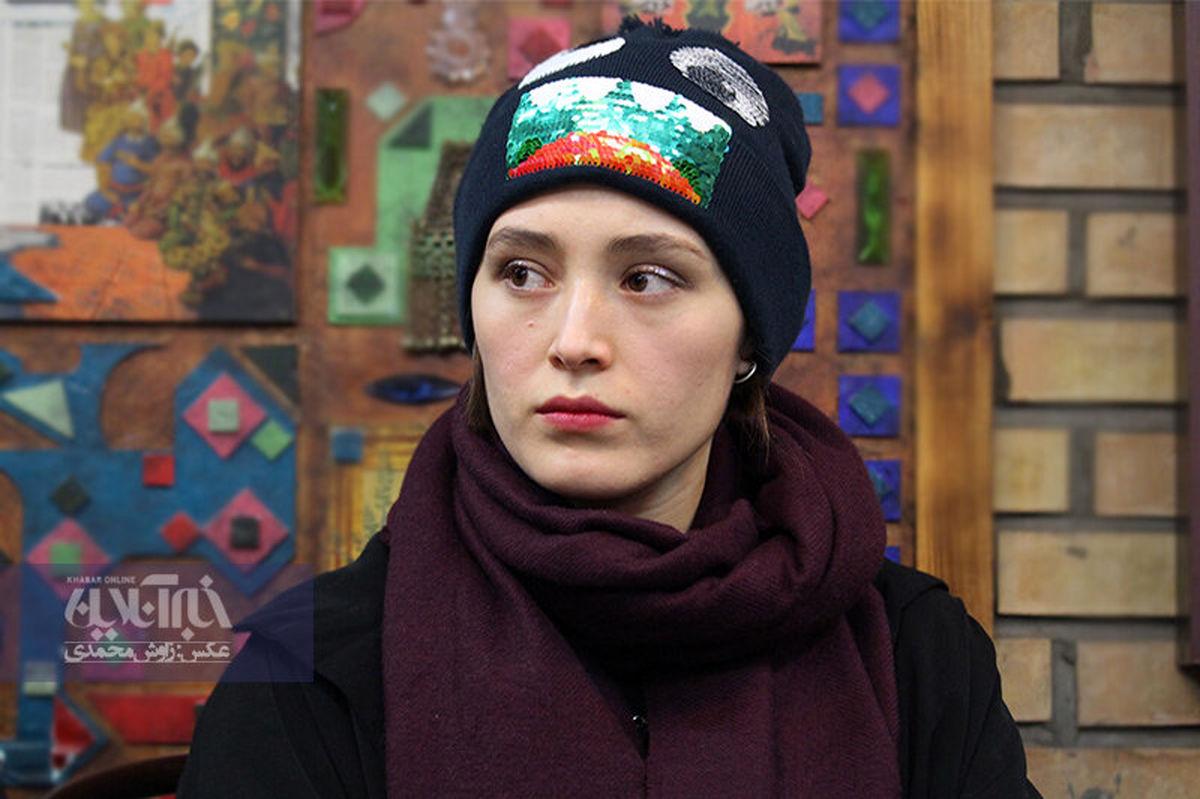 فرشته حسینی با موهای آبی در کافه! +عکس لورفته