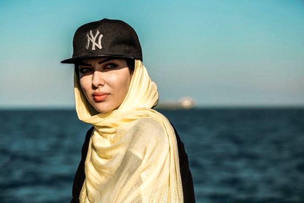 سلفی لیلا اوتادی و آقای مجری در ساحل دریا! +تصاویر