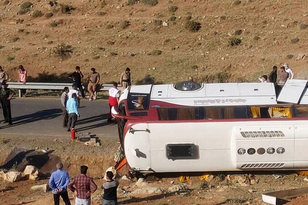علل دو حادثه اتوبوس خبرنگاران و سربازان فاش شد +جزئیات کامل