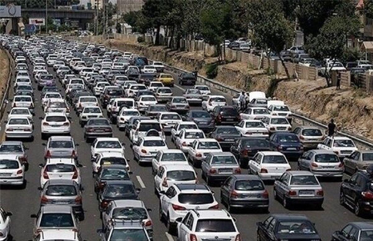 ترافیک وحشتناک در جاده هراز+ جزئیات بیشتر